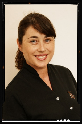 Juliet Davies RN for Don Macalister Oral Surgeon Auckland-970